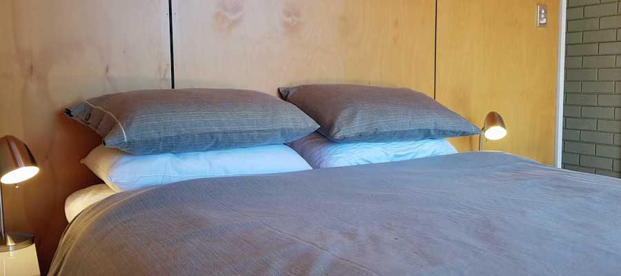 Premium room, queen size bed